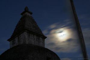 stupamoon.jpg